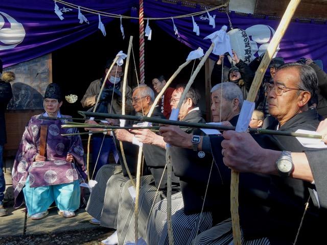 老袋の弓取式 @ 下老袋氷川神社
